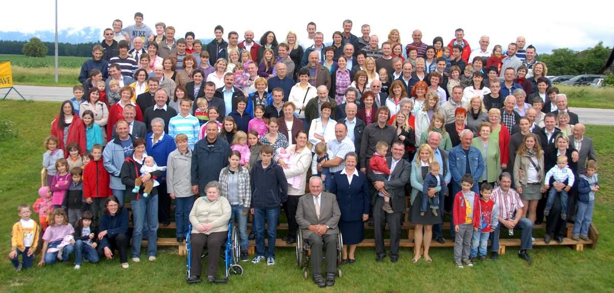 Kadivčev rod na srečanju v nedeljo, 19. junija 2011